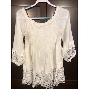 ••🌸White Ruched Long sleeve🌸••